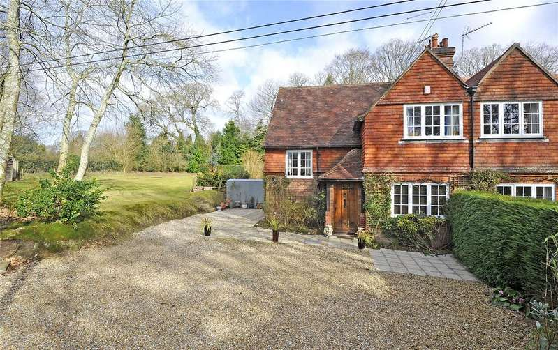 3 Bedrooms Semi Detached House for sale in High Pitfold, Hindhead, Surrey