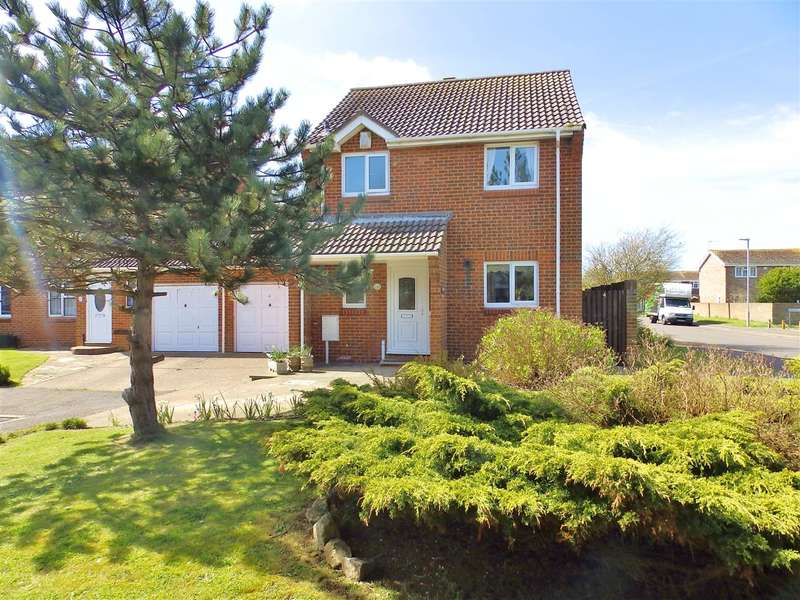 3 Bedrooms Detached House for sale in Blakes Way, Eastbourne