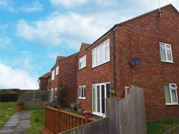 3 Bedrooms Flat for sale in 40 Hinderwell Lane, Runswick Bay, Saltburn-by-the-Sea, North Yorkshire
