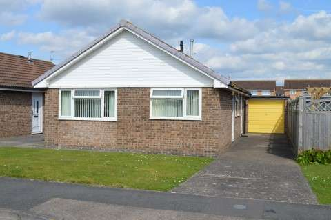 2 Bedrooms Detached Bungalow for sale in Wagtail Gardens, Worle, Weston-Super-Mare