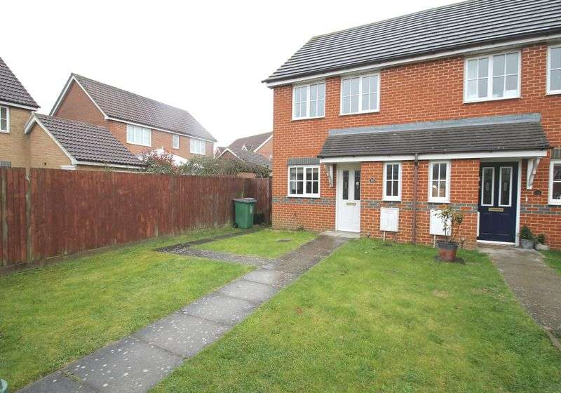 2 Bedrooms Semi Detached House for sale in Pritchard Drive, Hawkinge, FOLKESTONE