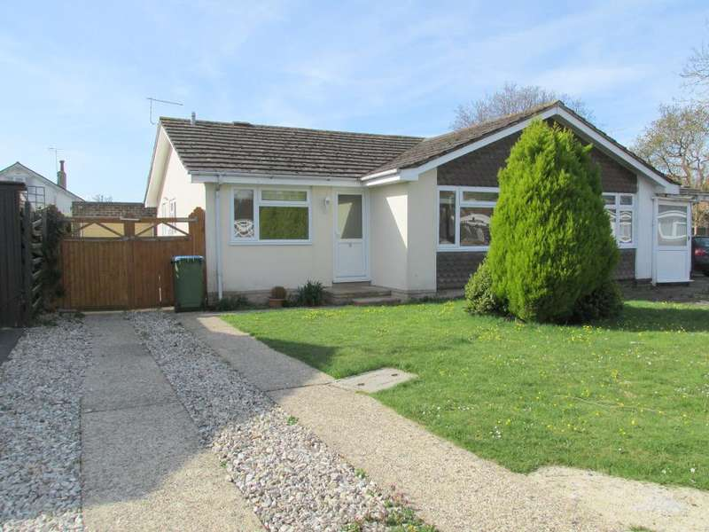 2 Bedrooms Bungalow for sale in Ely Gardens, Aldwick, Bognor Regis, West Sussex, PO21 3RY