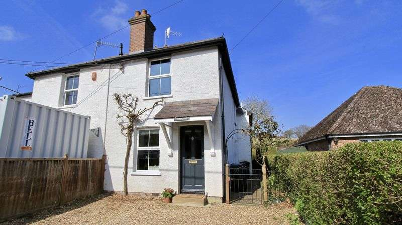 3 Bedrooms Semi Detached House for sale in Nags Head Lane, Great Missenden