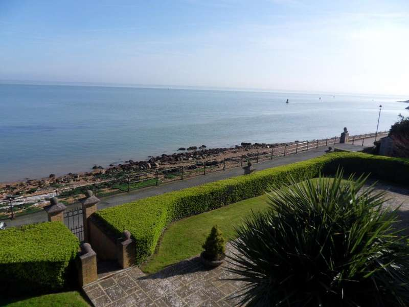 2 Bedrooms Apartment Flat for sale in Cowes