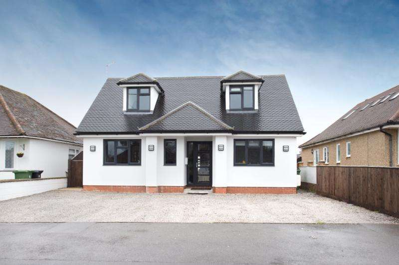 5 Bedrooms Detached House for sale in Sandleigh Road, Wootton, Abingdon, Oxfordshire