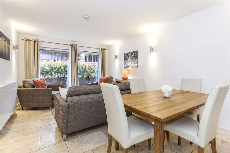 2 Bedrooms Flat for sale in Metcalfe Court, Teal Street, London, SE10