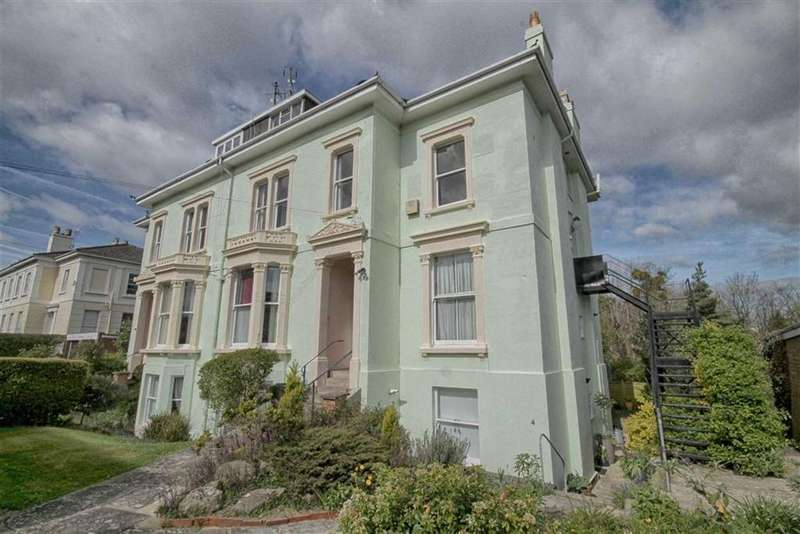 3 Bedrooms Flat for sale in Western Road, Christchurch, Cheltenham, GL50