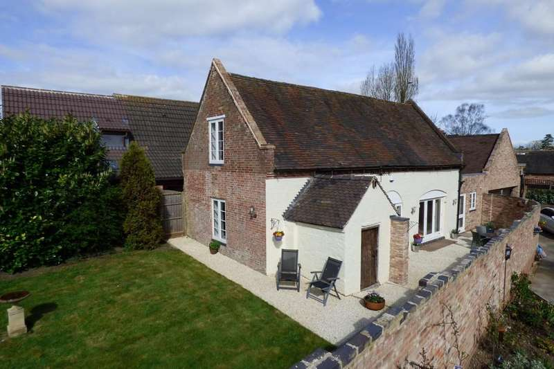 2 Bedrooms Cottage House for sale in Bond End, Yoxall, Staffordshire