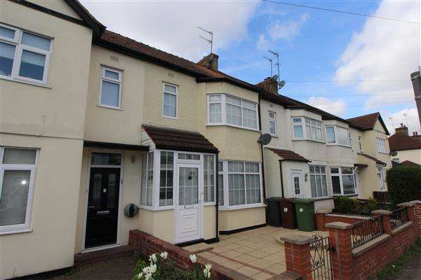 3 Bedrooms Terraced House for sale in Clarendon Road, Borehamwood