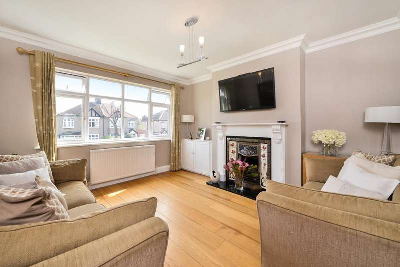 3 Bedrooms Terraced House for sale in Ridgeway Drive Bromley BR1