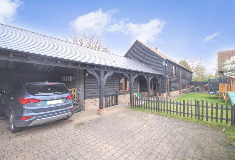 4 Bedrooms Barn Conversion Character Property for sale in Church Street, Clifton, Shefford, SG17