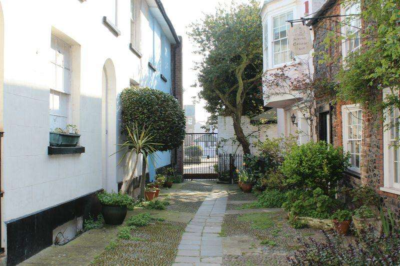 2 Bedrooms Terraced House for sale in Broadstairs