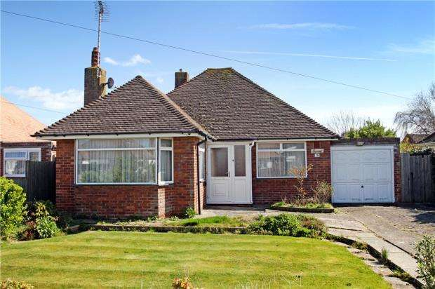 2 Bedrooms Detached Bungalow for sale in Cheam Road, Rustington, West Sussex, BN16