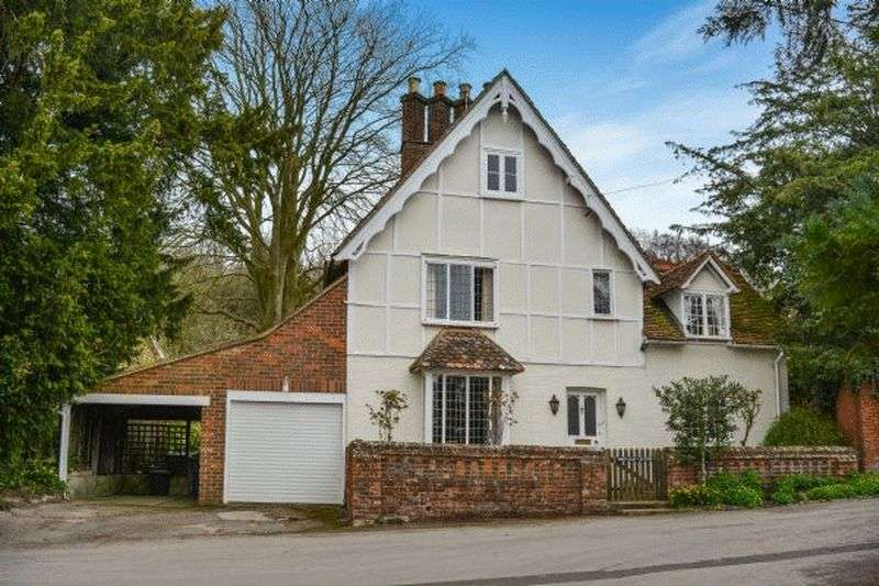 3 Bedrooms Detached House for sale in Whiteleaf