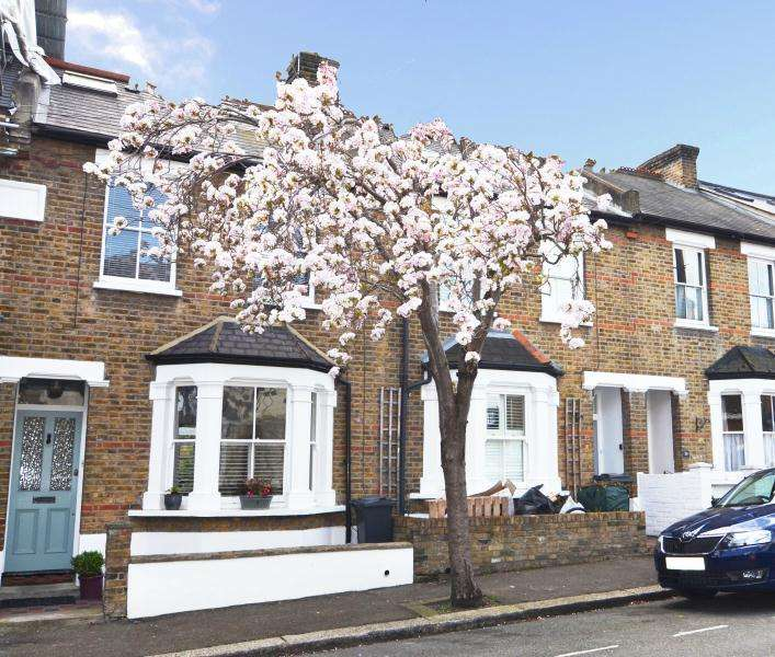 3 Bedrooms House for sale in Napier Road, Old Isleworth, TW7