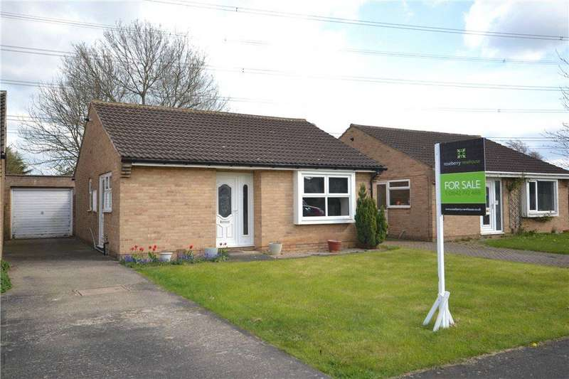 2 Bedrooms Detached Bungalow for sale in Atherton Way, Yarm, Stockton-On-Tees