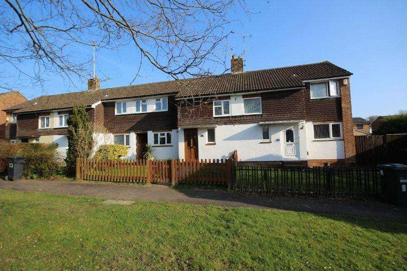 3 Bedrooms Terraced House for sale in Vale Road, Haywards Heath