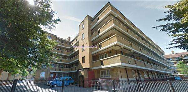3 Bedrooms Apartment Flat for sale in Limehouse Causeway, London E.14