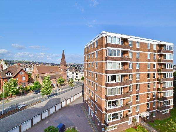 2 Bedrooms Apartment Flat for sale in Dyke Road, BRIGHTON, BN1