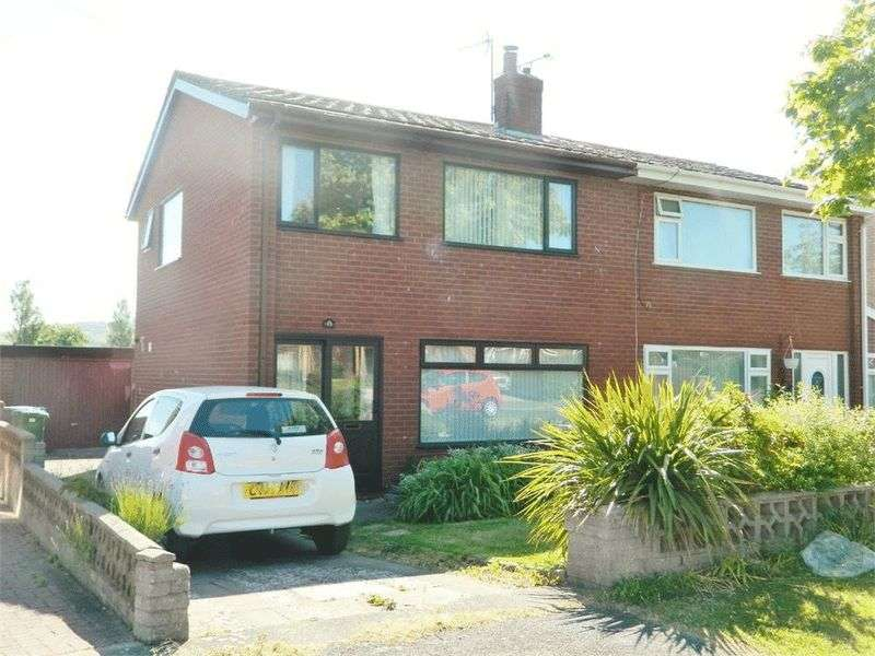 3 Bedrooms Semi Detached House for sale in Llandaff Drive, Prestatyn