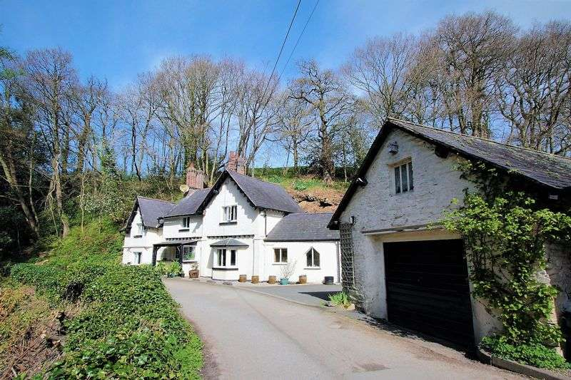 3 Bedrooms Detached House for sale in Llanbedr Dyffryn Clwyd, Ruthin