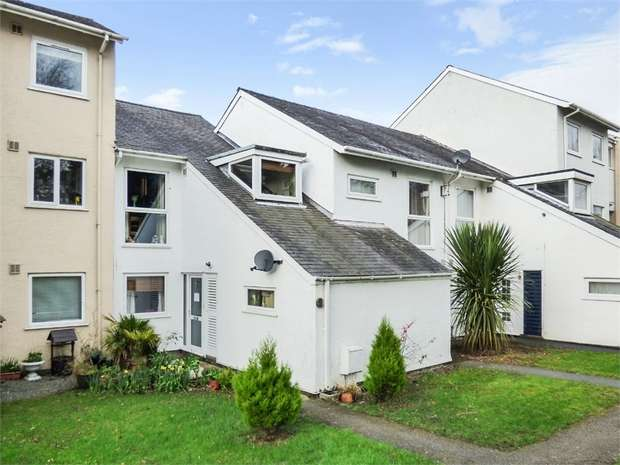4 Bedrooms Terraced House for sale in Ffordd Garnedd, Y Felinheli, Gwynedd