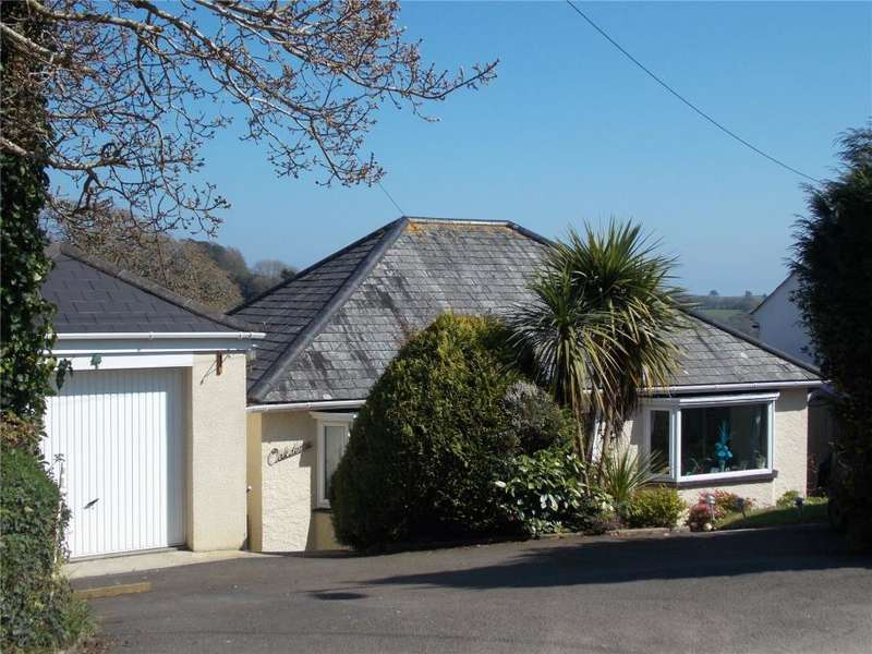 3 Bedrooms Detached Bungalow for sale in Budock Water, Falmouth