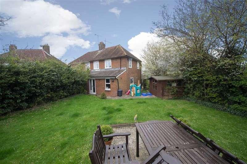 3 Bedrooms Property for sale in Benning Avenue, Dunstable, Bedfordshire, LU6