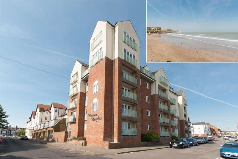 2 Bedrooms Flat for sale in Marine Heights, Beach Road, Westgate-On-Sea
