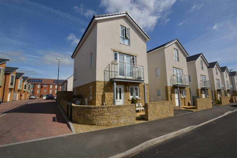 4 Bedrooms Property for sale in Nightingale Way, Midsomer Norton