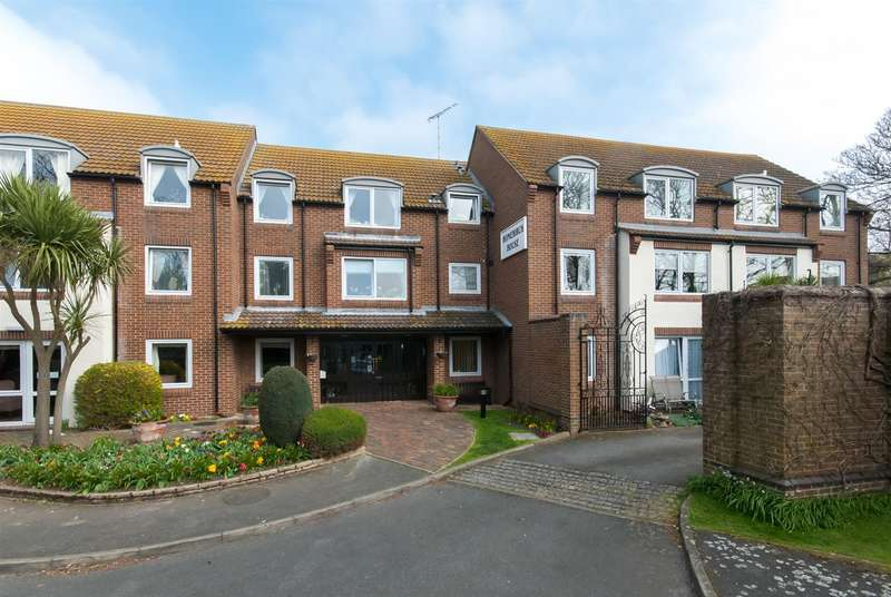 1 Bedroom Property for sale in Hunting Gate, Birchington