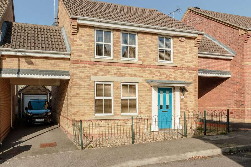 4 Bedrooms Detached House for sale in Maunder Close,Grays,Essex RM16 6BW