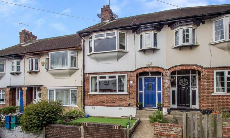 3 Bedrooms Terraced House for sale in Sunnynook Gardens, South Croydon, Surrey, CR2 6PX