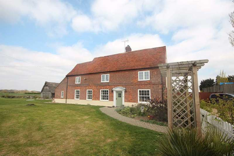5 Bedrooms Detached House for sale in Frinton Road, Thorpe Cross Farm, Thorpe-Le-Soken