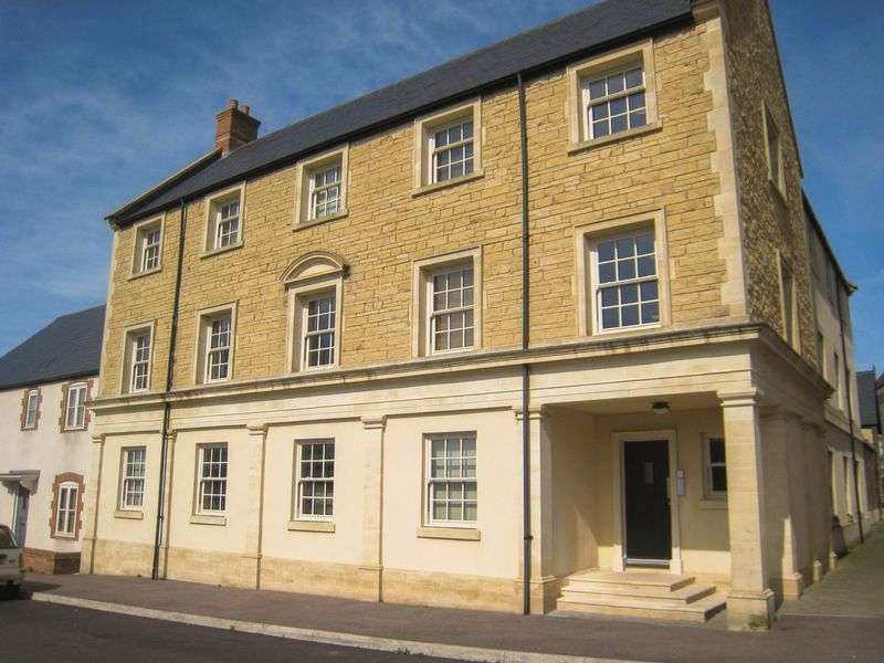 2 Bedrooms Flat for sale in Sherring Road, Shepton Mallet
