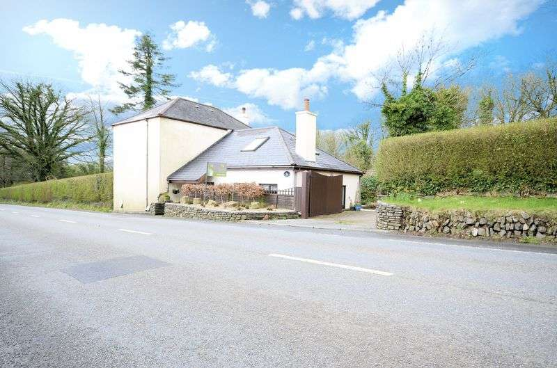 4 Bedrooms Detached House for sale in 4 bedroom family house, Mary Tavy
