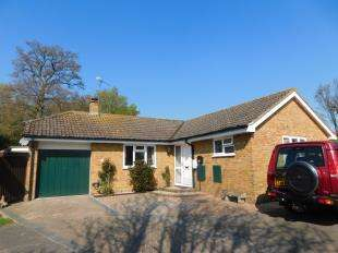 3 Bedrooms Bungalow for sale in Bargrove Road, Maidstone, Kent
