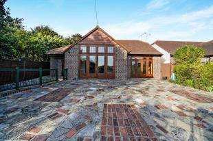 6 Bedrooms Detached House for sale in Hook Hill, Sanderstead, South Croydon