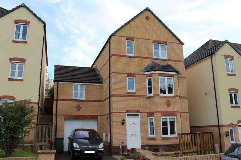 4 Bedrooms Detached House for sale in Harlseywood, Bideford