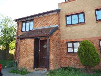 1 Bedroom Flat for sale in Conifer Way, Wembley