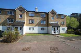 1 Bedroom Flat for sale in Chipstead Close, Sutton, Surrey