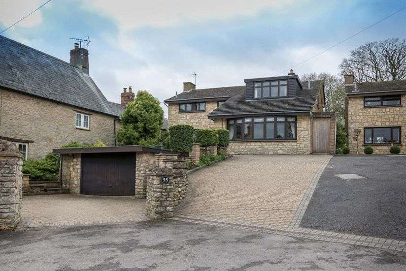4 Bedrooms Detached House for sale in High Street, Stoke Goldington, Buckinghamshire