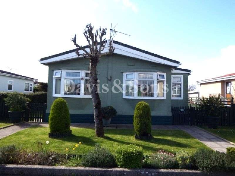 2 Bedrooms Mobile Home for sale in Lighthouse Park, St Brides, Newport. NP10 8ST