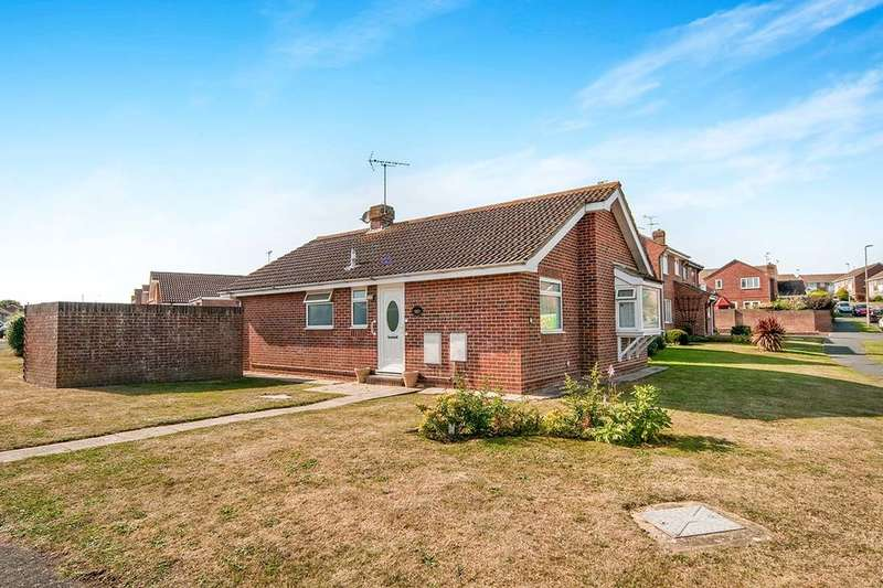 2 Bedrooms Detached Bungalow for sale in Wordsworth Drive, Eastbourne, BN23