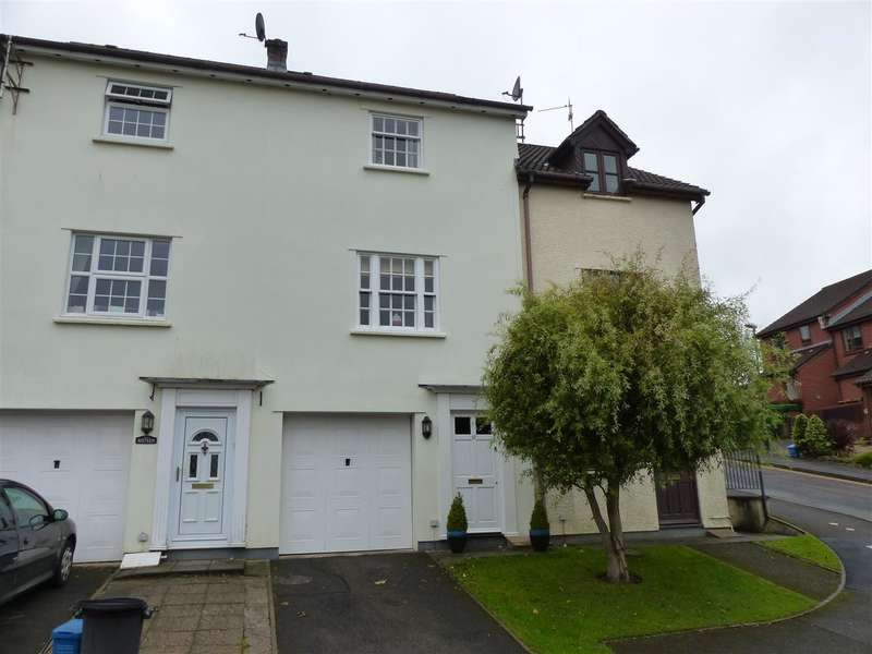 3 Bedrooms Terraced House for sale in Beaufort Place, Chepstow