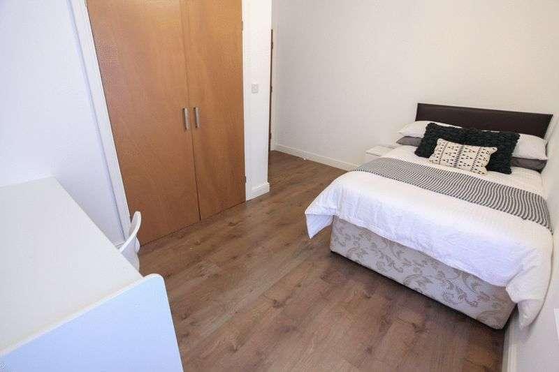 6 Bedrooms Property for rent in 4 Paul Street, Liverpool