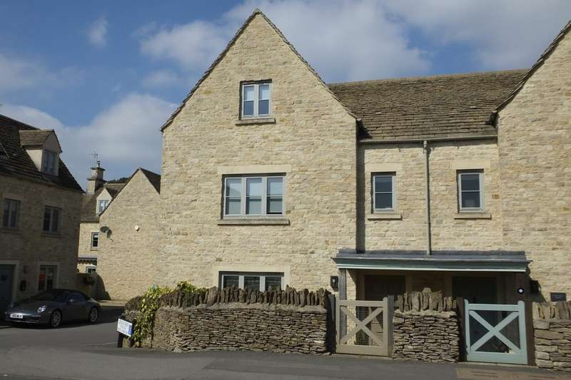 4 Bedrooms Semi Detached House for sale in Cirencester