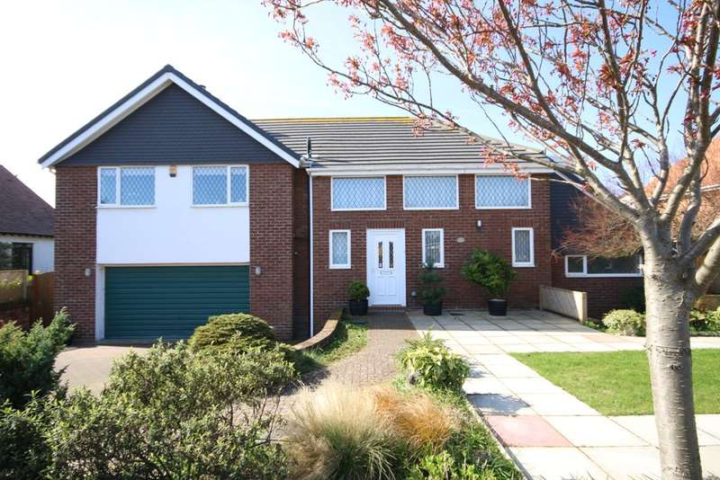 3 Bedrooms Detached House for sale in Chatsworth Road, Ainsdale, Southport