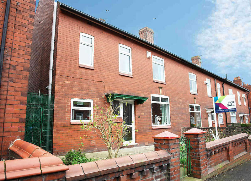 3 Bedrooms Town House for sale in 198 Denton Lane, Chadderton