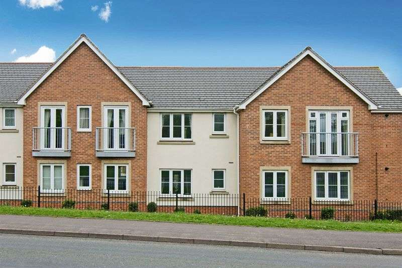 2 Bedrooms Flat for sale in Heath Way, Heath Hayes, Cannock
